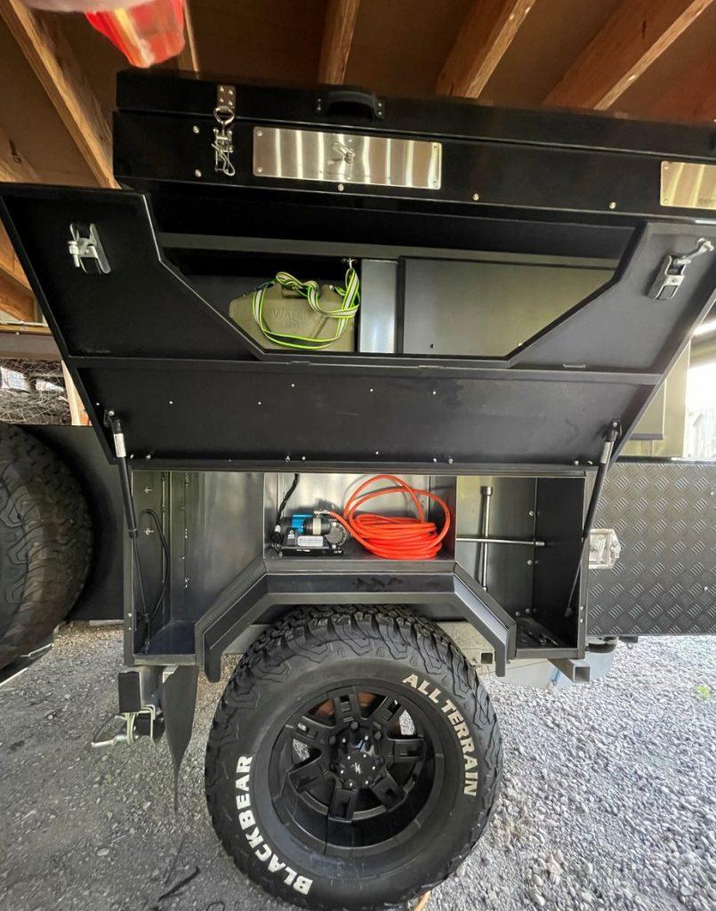 camper trailer side open
